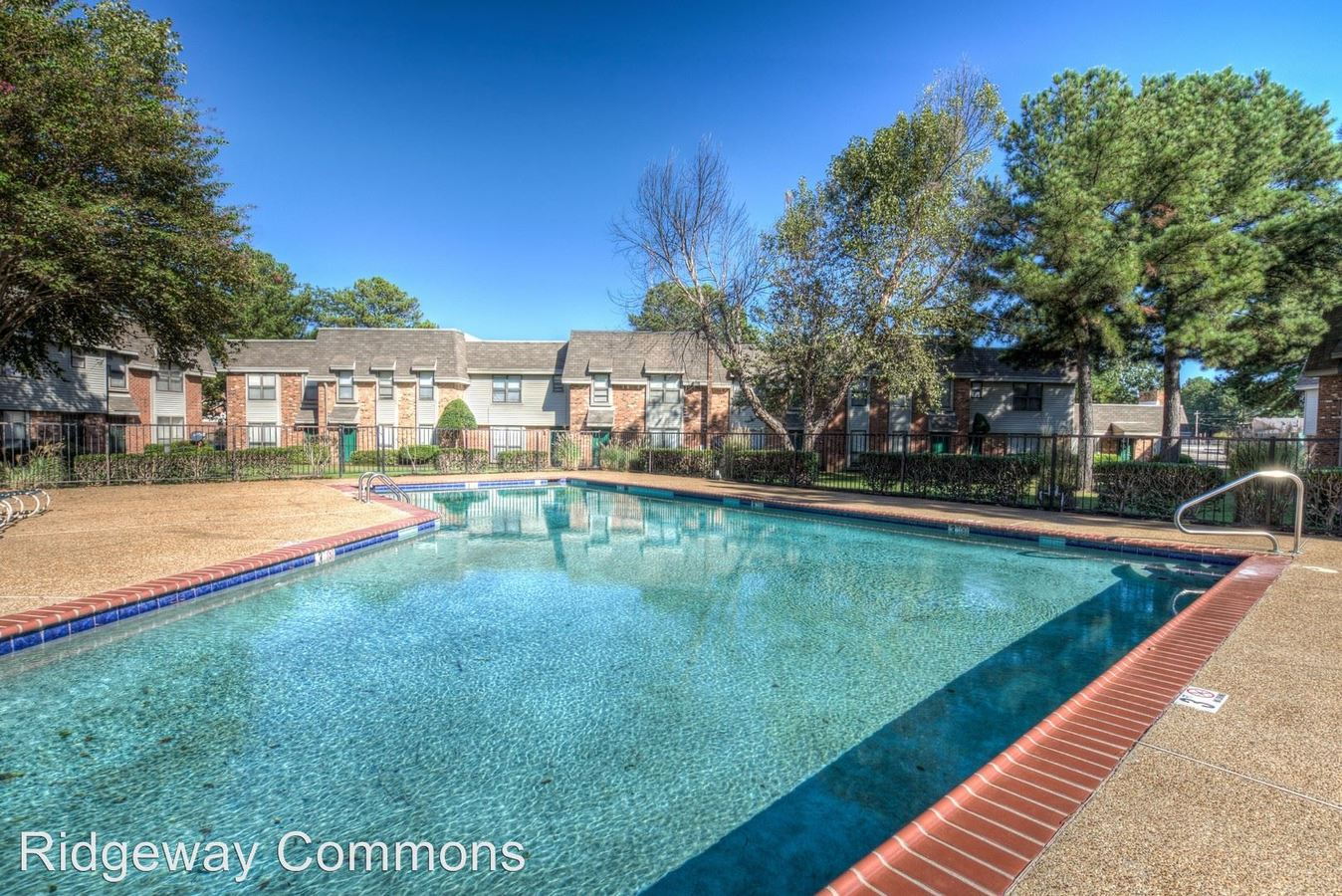 2 Bedrooms 1 Bathroom Apartment for rent at Ridgeway Commons Townhomes in Memphis, TN