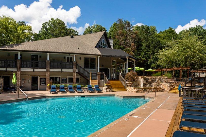 A R I U M Pinnacle Ridge Apartments Durham, NC