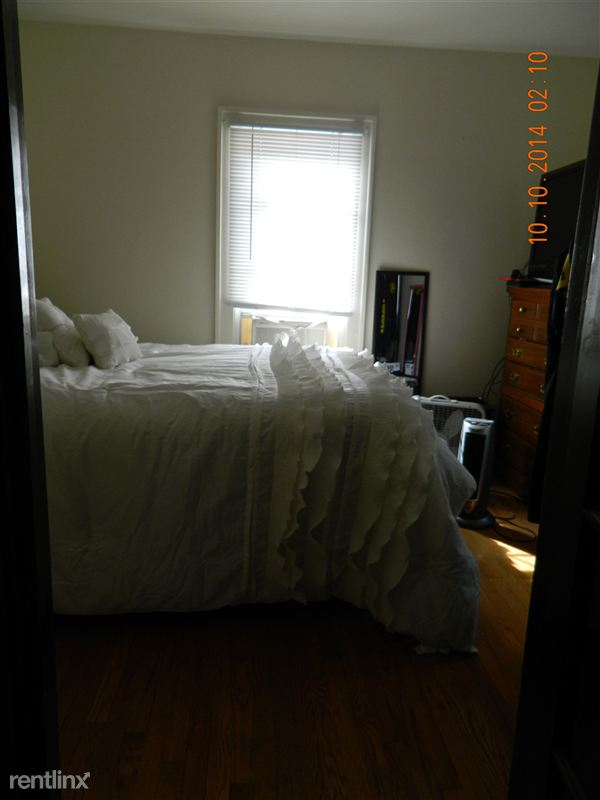 1 Bedroom 1 Bathroom House for rent at 426 Packard St. in Ann Arbor, MI