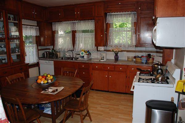 3 Bedrooms 2 Bathrooms House for rent at 529 Elizabeth St. in Ann Arbor, MI