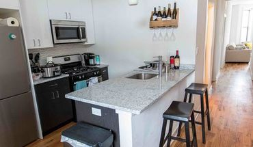 751-53 W. Buckingham Place Apartment for rent in Chicago, IL