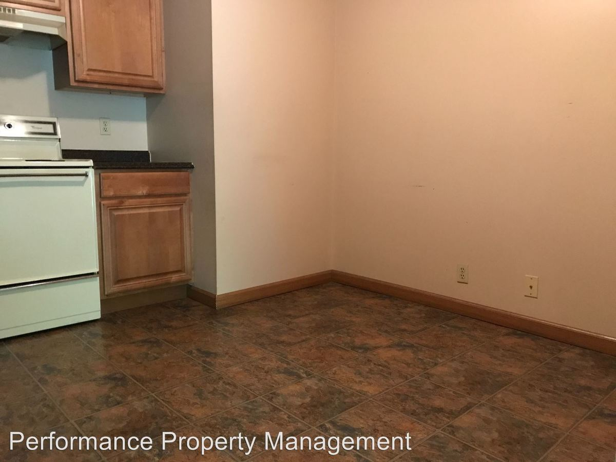 2 Bedrooms 1 Bathroom Apartment for rent at 320 Lincoln in Seward, NE