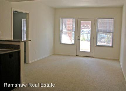 2 Bedrooms 1 Bathroom Apartment for rent at 202 N. Race St. in Urbana, IL