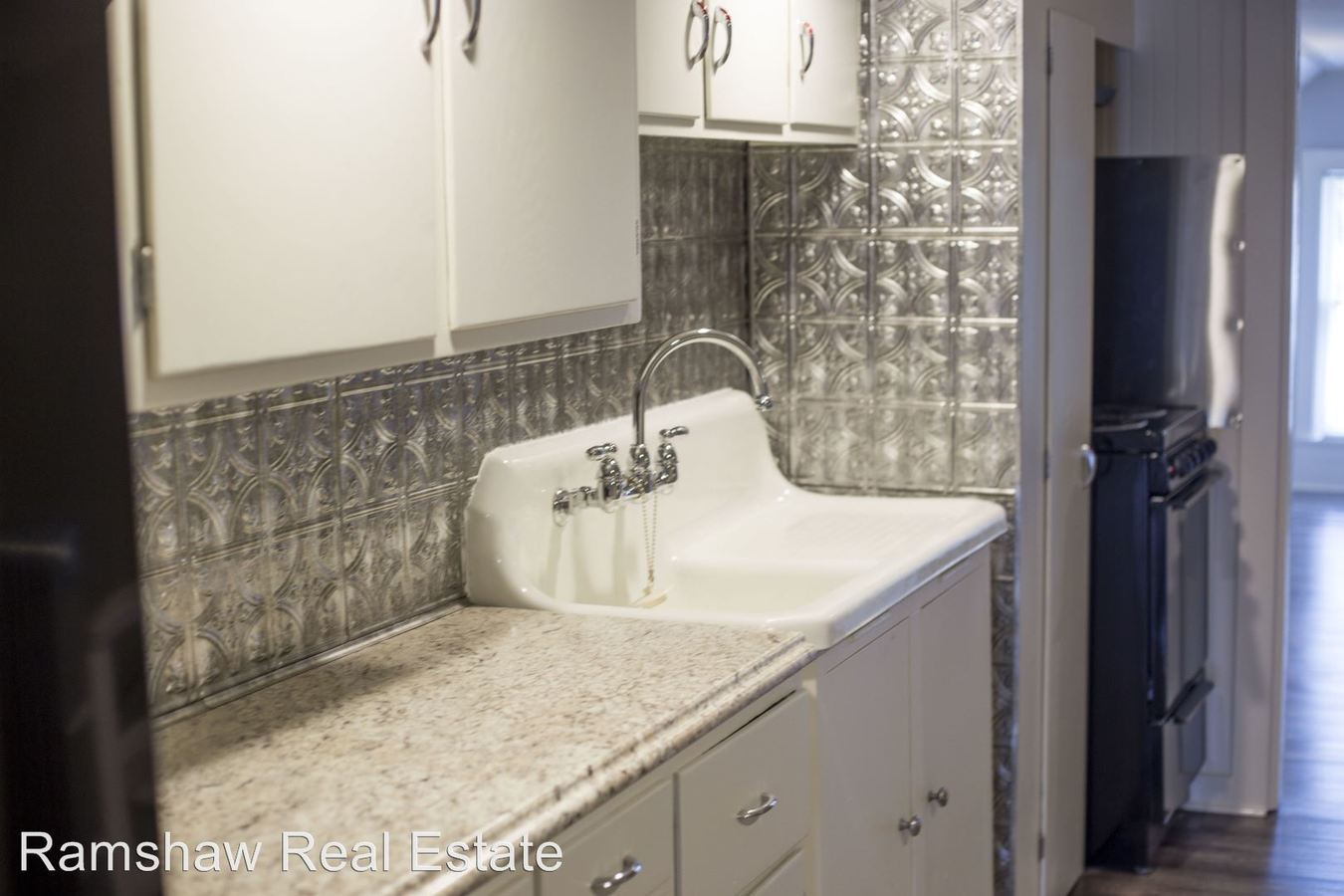 1 Bedroom 1 Bathroom Apartment for rent at 509 N Willis Ave in Champaign, IL