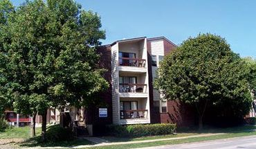 1009 S. First Apartment for rent in Champaign, IL