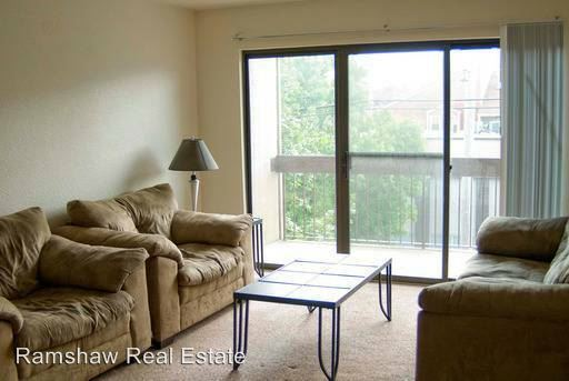 4 Bedrooms 2 Bathrooms Apartment for rent at 1009 S. First in Champaign, IL