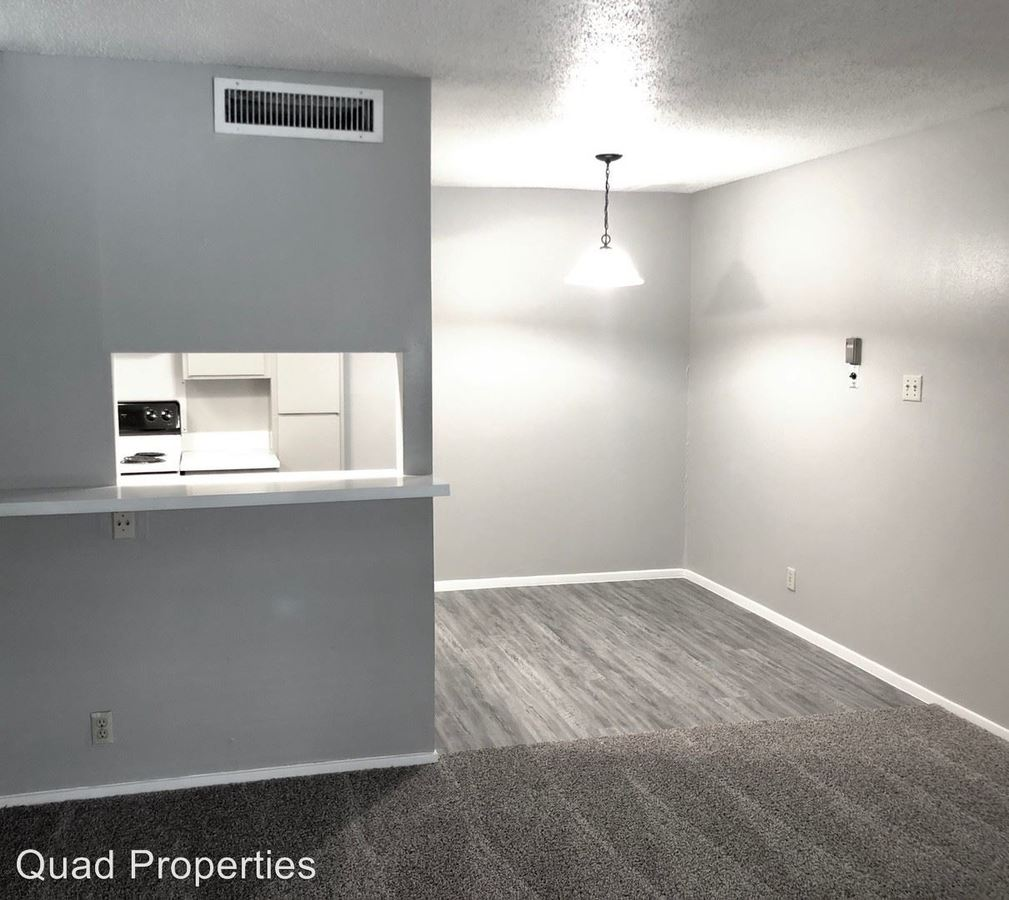 Studio 1 Bathroom Apartment for rent at Century Plaza in Austin, TX
