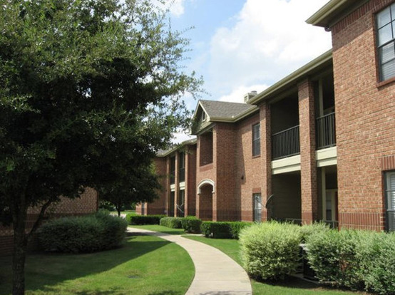 Oaks Riverchase Apartments Coppell