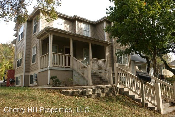 3 Bedrooms 1 Bathroom Apartment for rent at 1014 Mississippi in Lawrence, KS