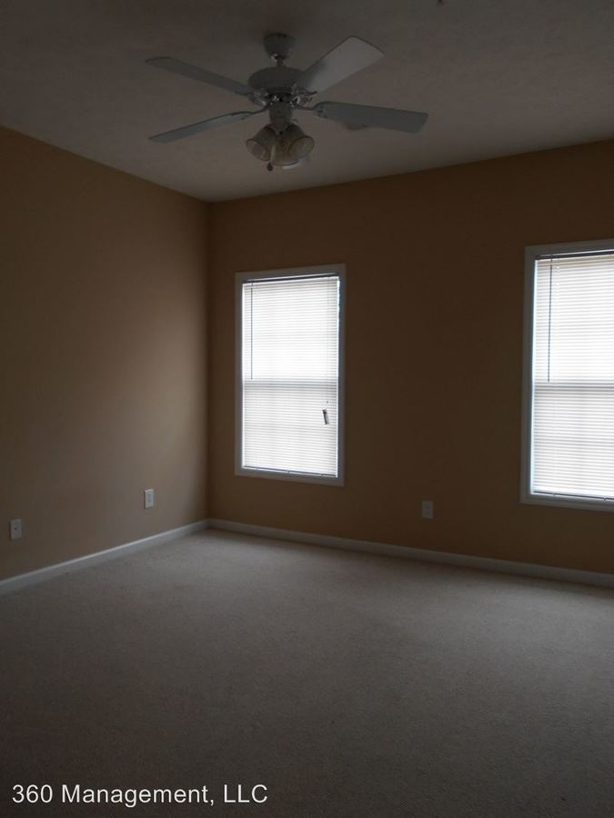 2 Bedrooms 2 Bathrooms Apartment for rent at 228 N. Ross St in Auburn, AL