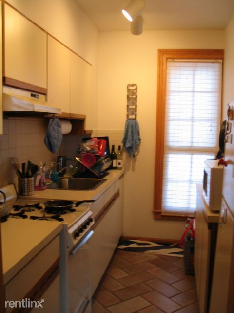 1 Bedroom 1 Bathroom Apartment for rent at 315 N Thayer St in Ann Arbor, MI