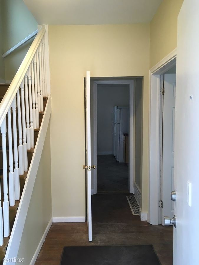 6 Bedrooms 2 Bathrooms House for rent at 1315 S State St in Ann Arbor, MI