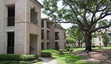 Mansions In The Park Apartment for rent in Baton Rouge, LA