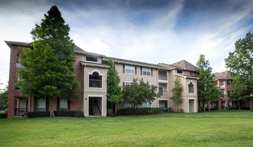 Lakeside Villas Apartment for rent in Baton Rouge, LA