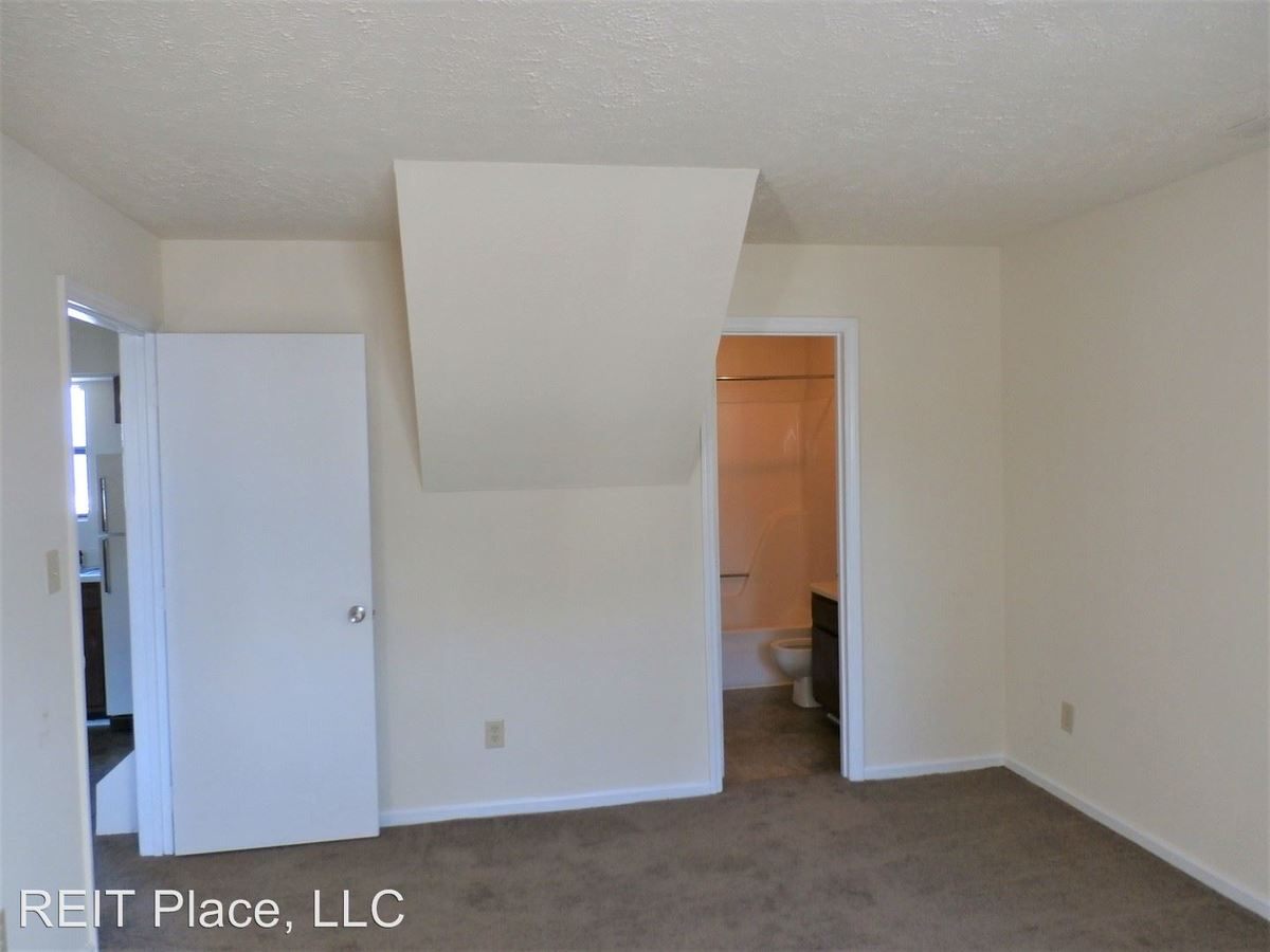 2 Bedrooms 2 Bathrooms Apartment for rent at 3820 Sherman Ave. in Raleigh, NC