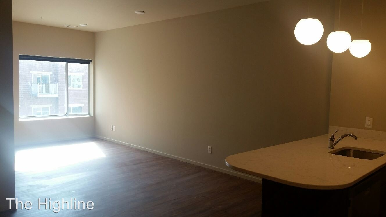1 Bedroom 1 Bathroom Apartment for rent at 2100 Douglas Street in Omaha, NE