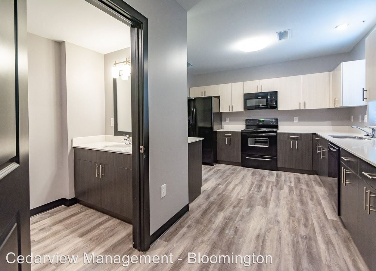 4 Bedrooms 4+ Bathrooms Apartment for rent at 200 & 250 S Washington Street in Bloomington, IN