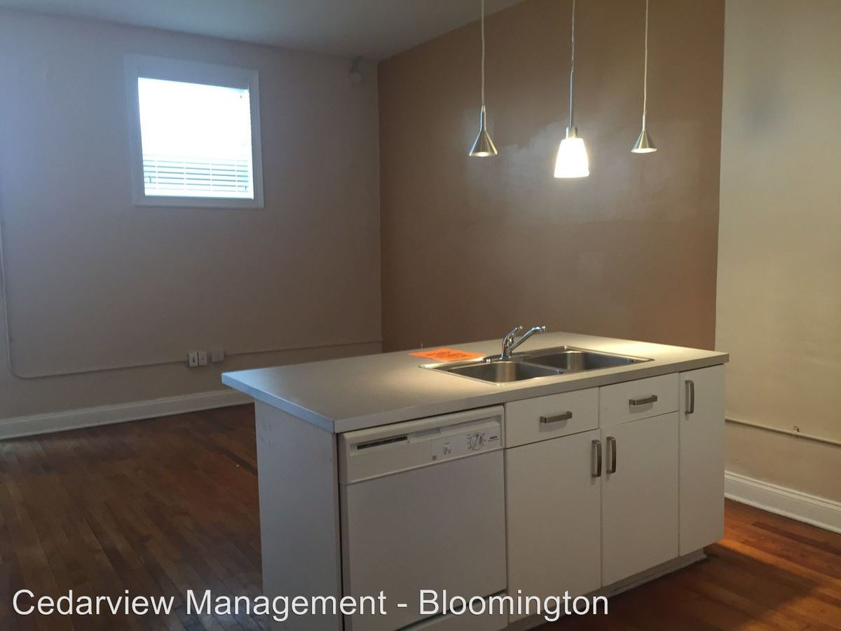2 Bedrooms 2 Bathrooms Apartment for rent at 106 E. Kirkwood Ave. Oddfellows in Bloomington, IN