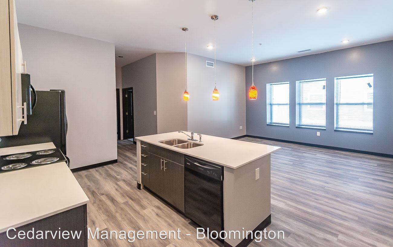 4 Bedrooms 3 Bathrooms Apartment for rent at 200 & 250 S Washington Street in Bloomington, IN