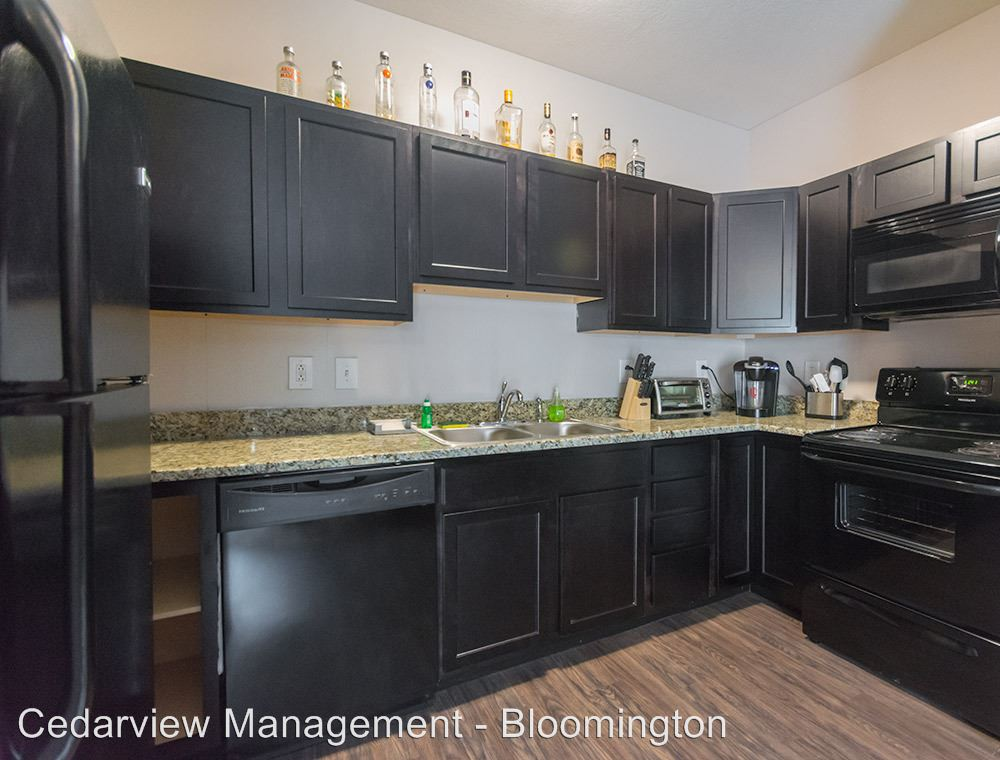 3 Bedrooms 3 Bathrooms Apartment for rent at 601 N. College Ave. Tenth & College in Bloomington, IN