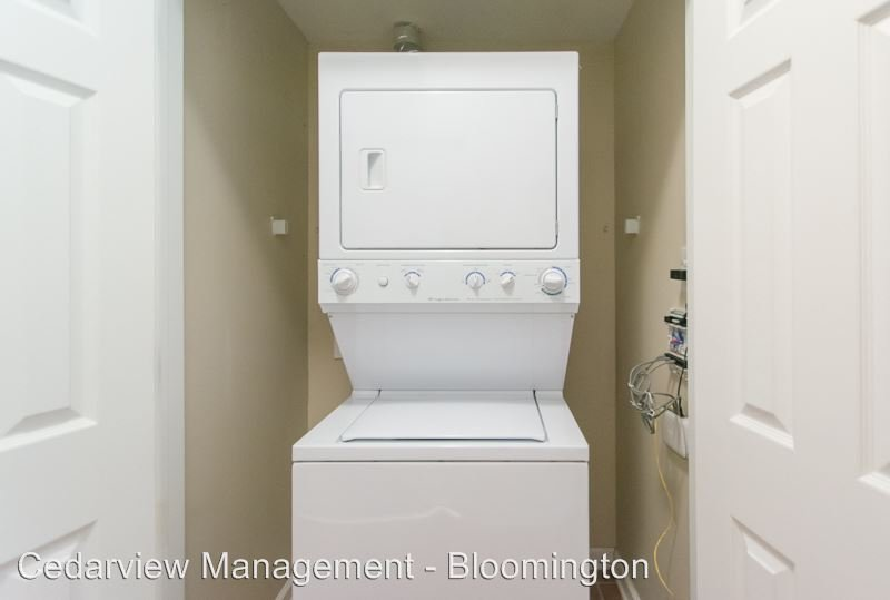 Studio 1 Bathroom Apartment for rent at 602 N. Morton Street Tenth & College Village in Bloomington, IN