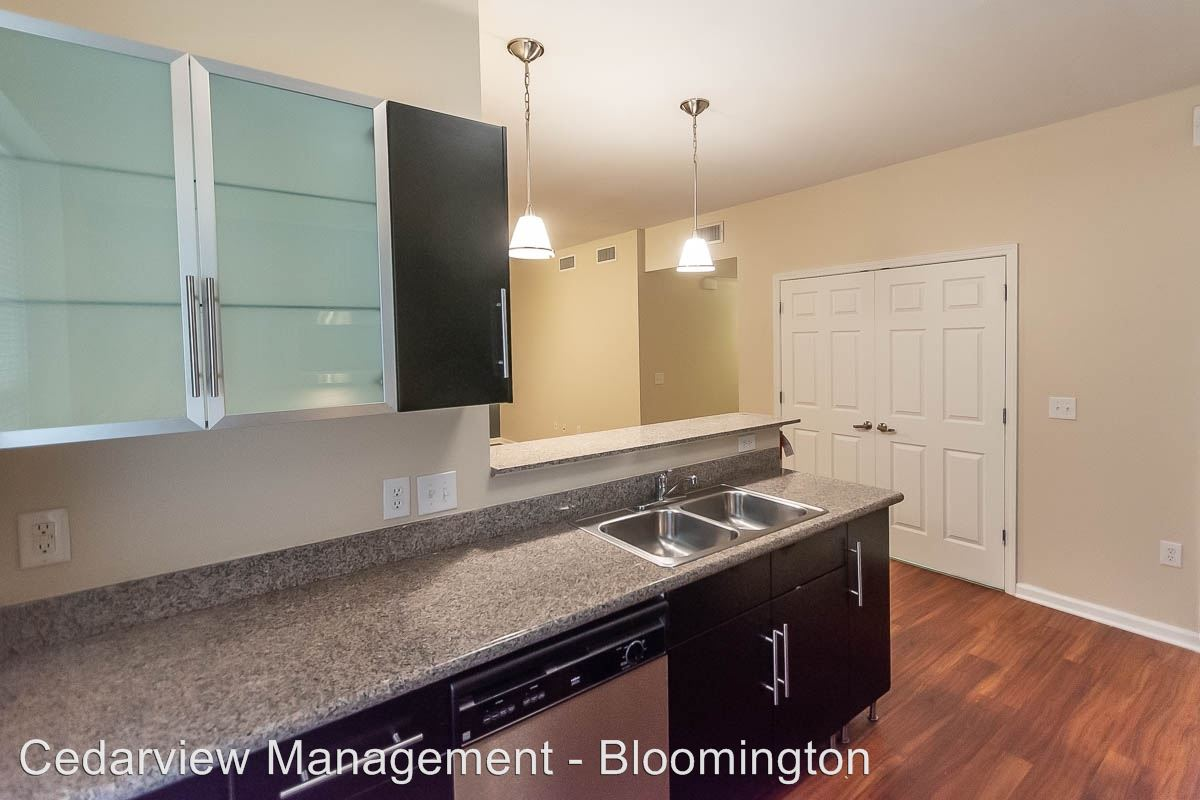 2 Bedrooms 2 Bathrooms Apartment for rent at 602 N. Morton Street Tenth & College Village in Bloomington, IN