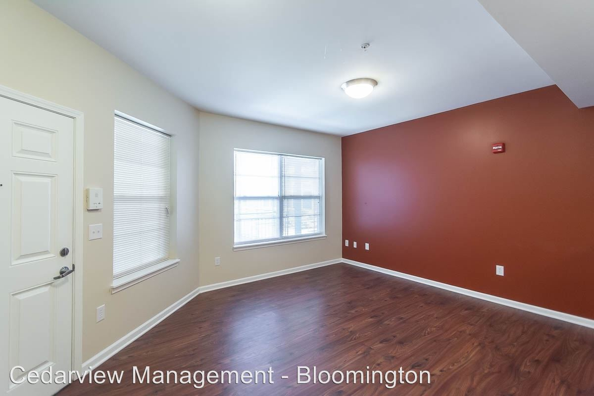 2 Bedrooms 2 Bathrooms Apartment for rent at 630 N. Morton Street Tenth & College Horizons in Bloomington, IN