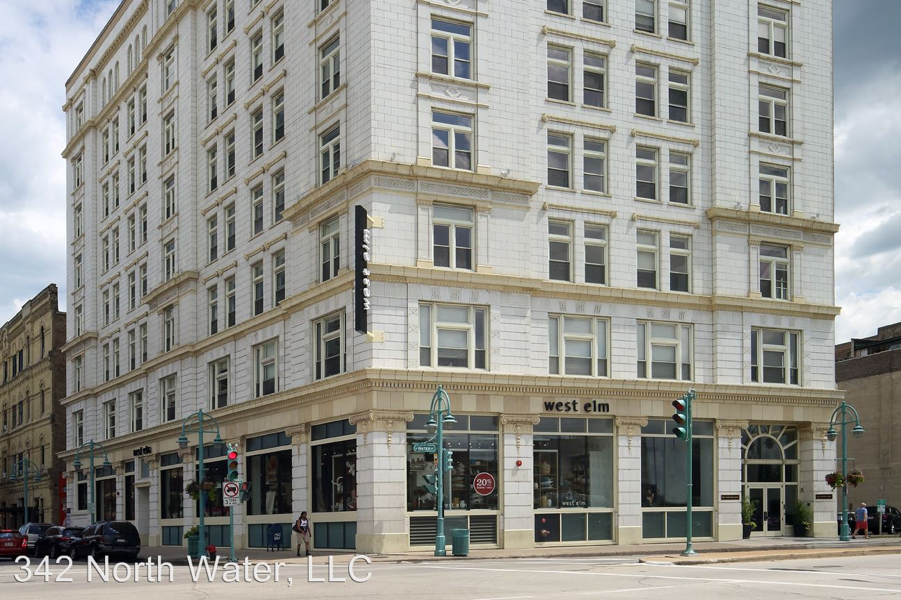 1 Bedroom 1 Bathroom Apartment for rent at 342 N Water Street in Milwaukee, WI