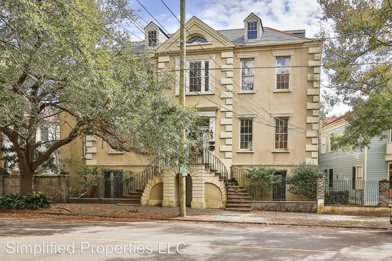 2 Bedrooms 1 Bathroom Apartment for rent at 43 Charlotte St in Charleston, SC