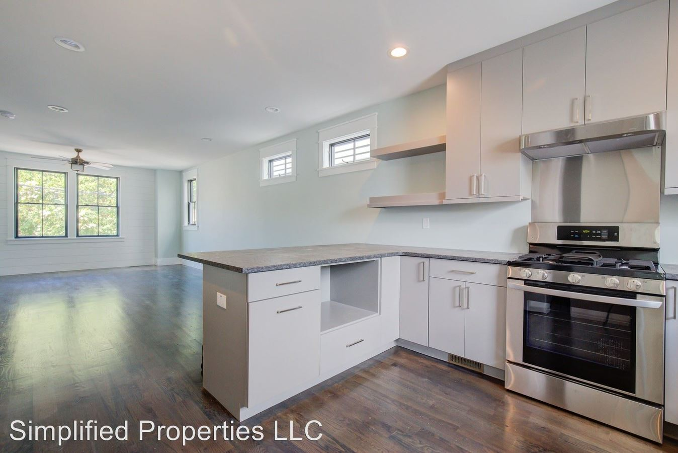 3 Bedrooms 3 Bathrooms Apartment for rent at 96 Nassau in Charleston, SC