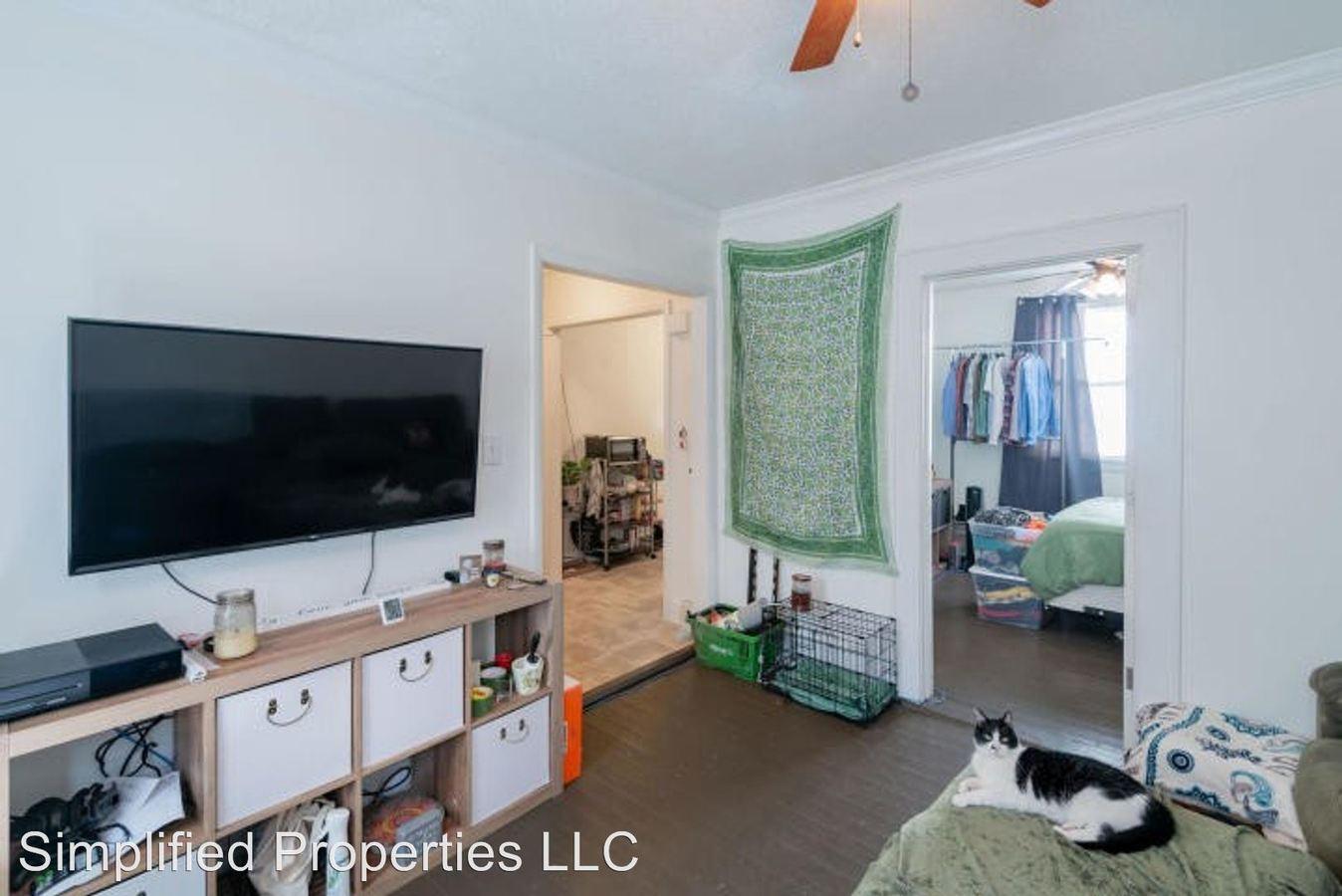 1 Bedroom 1 Bathroom Apartment for rent at 117 Drake St in Charleston, SC