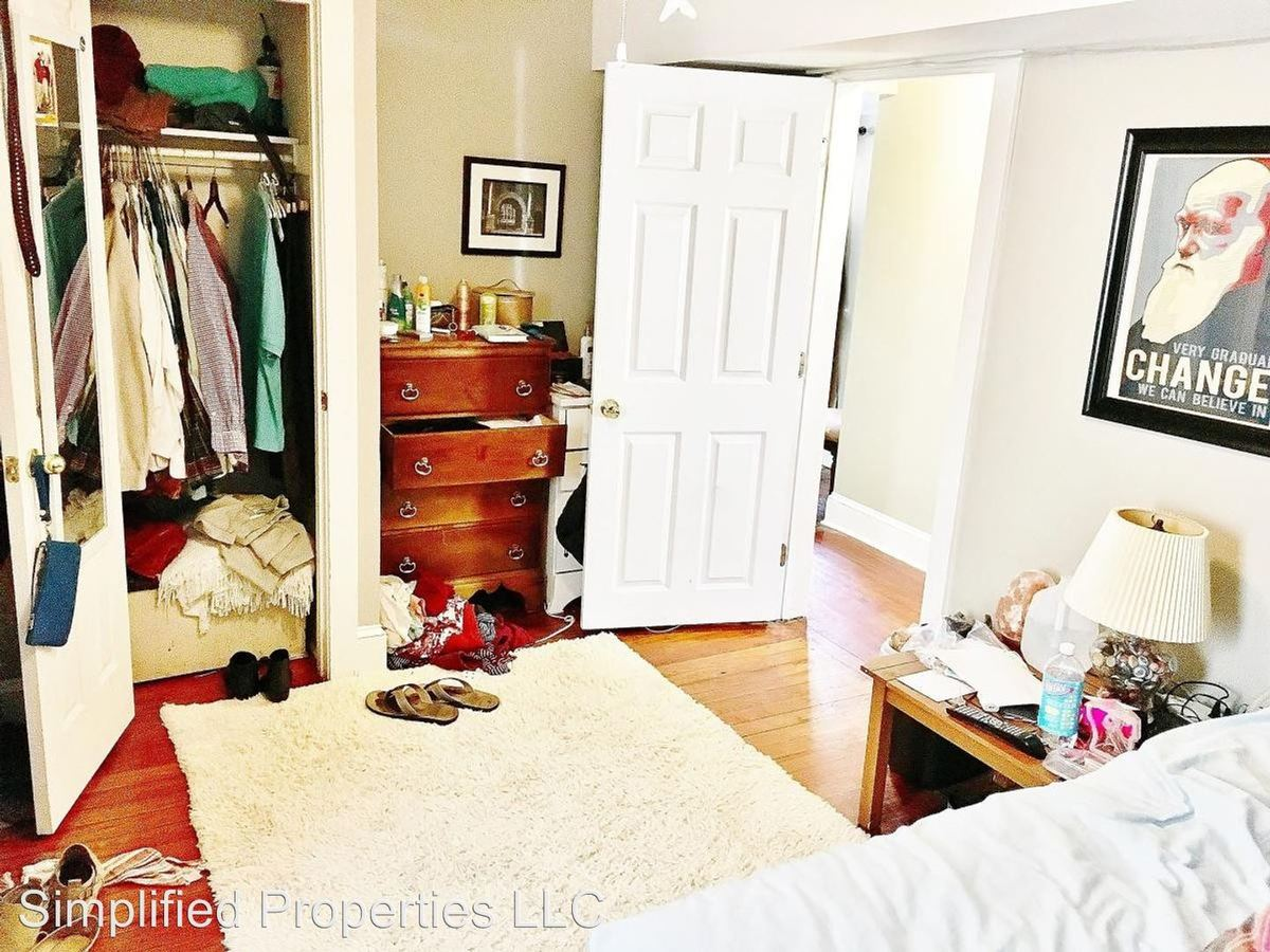 4 Bedrooms 2 Bathrooms Apartment for rent at 242 Rutledge Ave in Charleston, SC