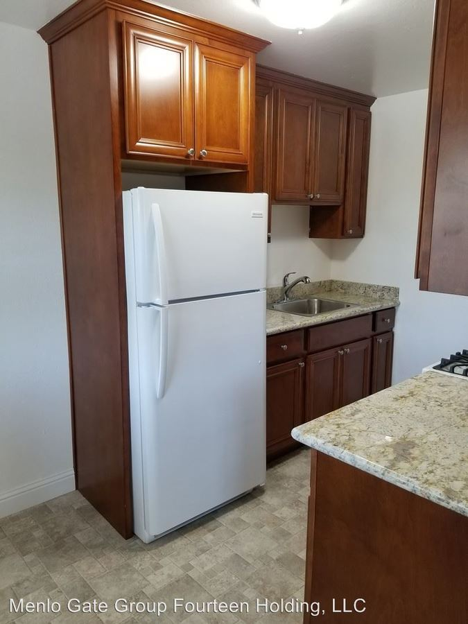 1 Bedroom 1 Bathroom Apartment for rent at 505 And 513 Pierce in Menlo Park, CA