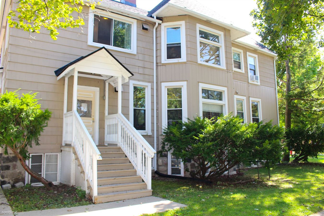 4 Bedrooms 2 Bathrooms Apartment for rent at 1003 Packard St in Ann Arbor, MI