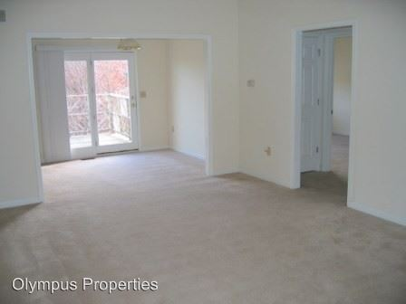 2 Bedrooms 1 Bathroom Apartment for rent at 1403-1409 W Allen St in Bloomington, IN