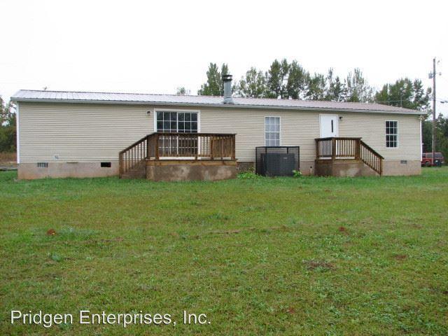 3 Bedrooms 2 Bathrooms Apartment for rent at 3355 Hardman Morris Road in Colbert, GA