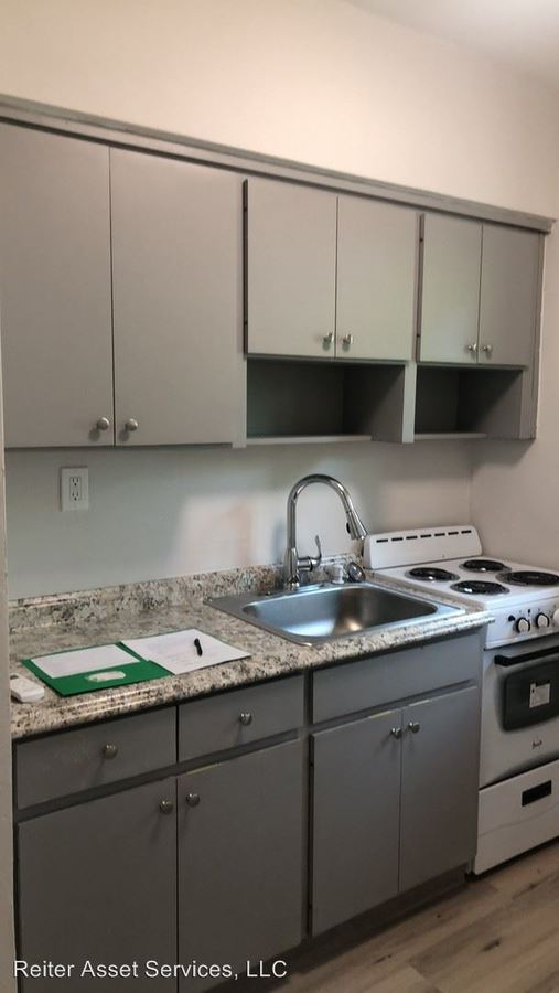 Studio 1 Bathroom Apartment for rent at 1280 Ne 105th Street in Miami Shores, FL
