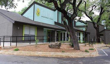 The Mark Huebner Oaks Apartments San Antonio Tx