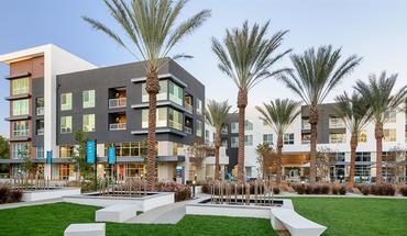 Vantis Apartment for rent in Aliso Viejo, CA