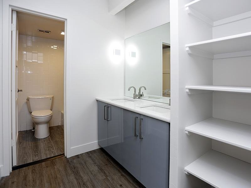 Luxe Tower Apartments