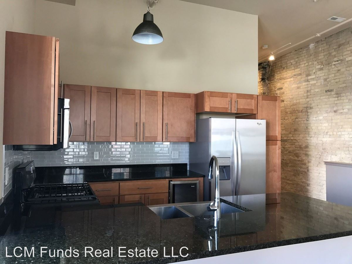 2 Bedrooms 2 Bathrooms Apartment for rent at 174-196 S. 2nd Street & 130-138 W. Pittsburgh Ave in Milwaukee, WI