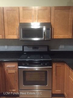 3 Bedrooms 3 Bathrooms Apartment for rent at 174-196 S. 2nd Street & 130-138 W. Pittsburgh Ave in Milwaukee, WI