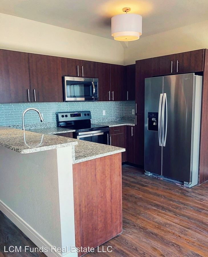 2 Bedrooms 2 Bathrooms Apartment for rent at 720 West Virginia Street in Milwaukee, WI
