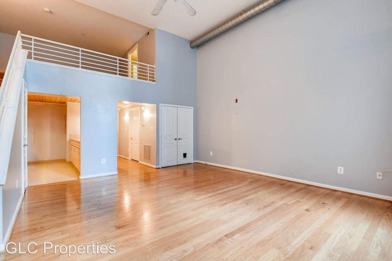 1 Bedroom 1 Bathroom Apartment for rent at 300 N Charles St in Baltimore, MD