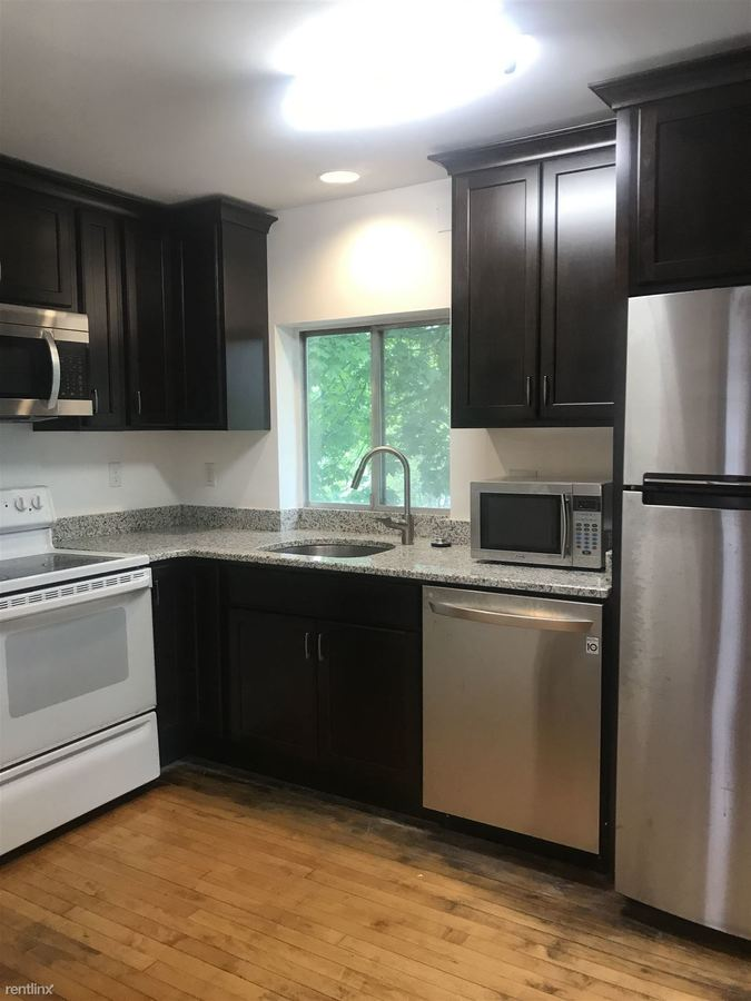1 Bedroom 1 Bathroom Apartment for rent at 1031 S Forest Ave in Ann Arbor, MI