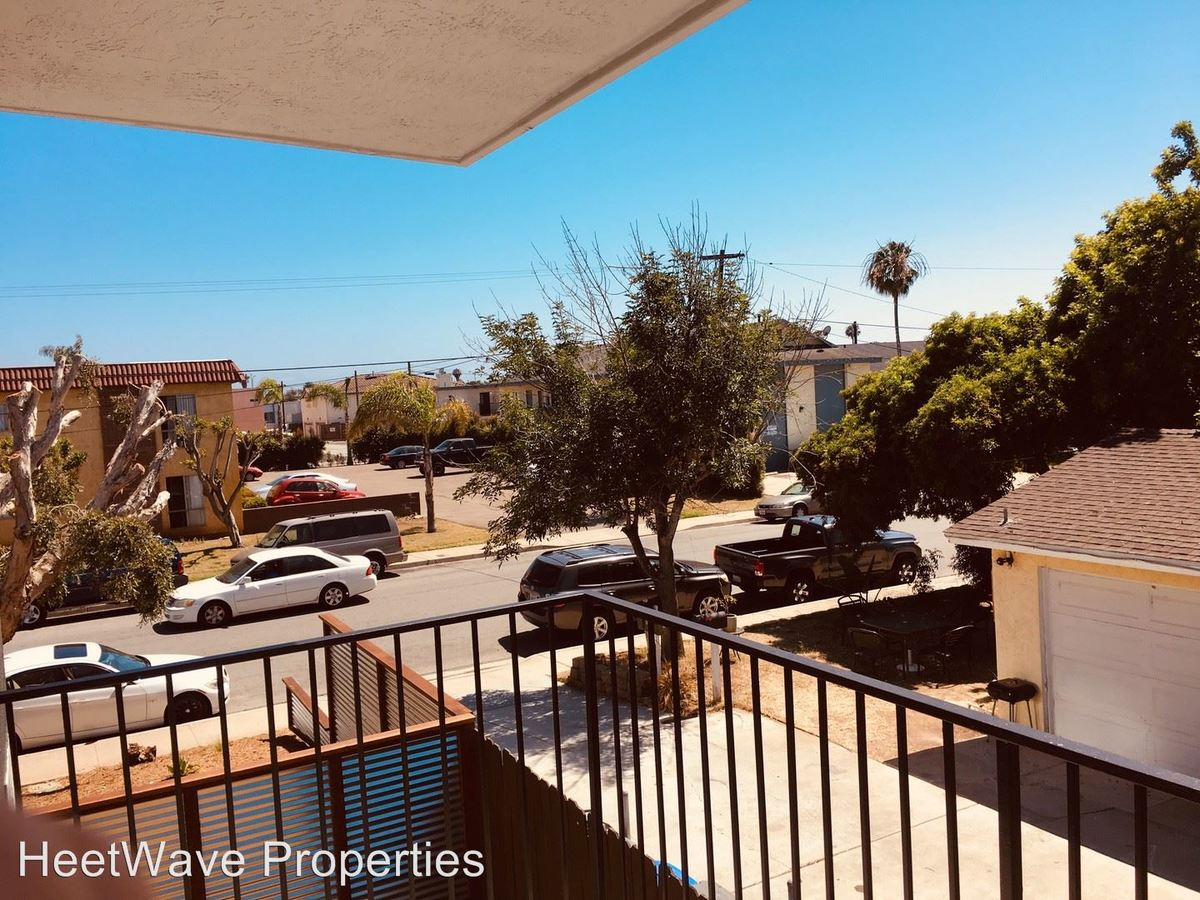 2 Bedrooms 1 Bathroom Apartment for rent at 584 11th Street in Imperial Beach, CA