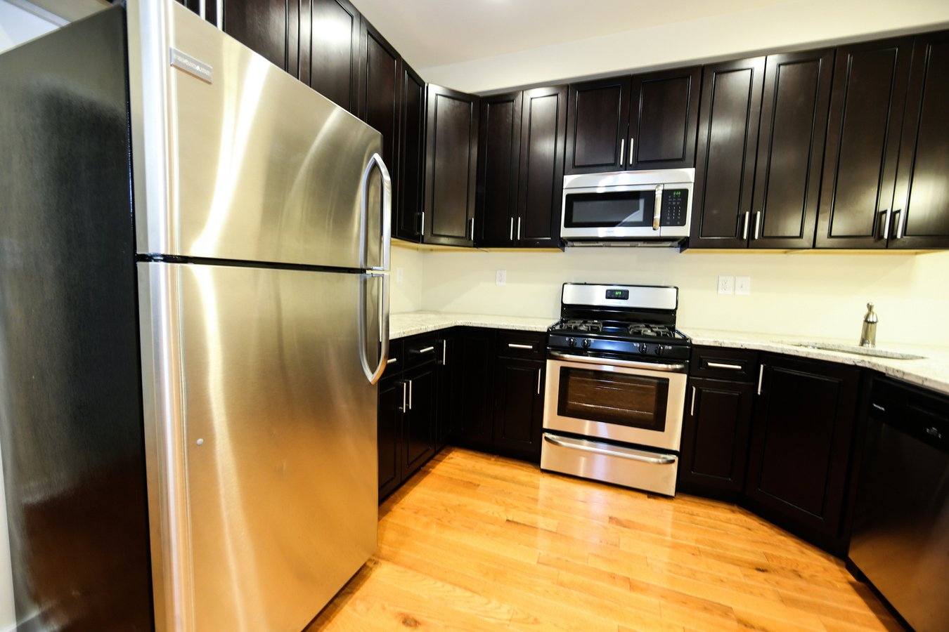 5 Bedrooms 3 Bathrooms House for rent at 1406 Willington St. in Philadelphia, PA