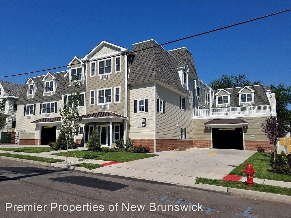 Apartments Near Rutgers 17 Mine St for Rutgers University Students in New Brunswick, NJ