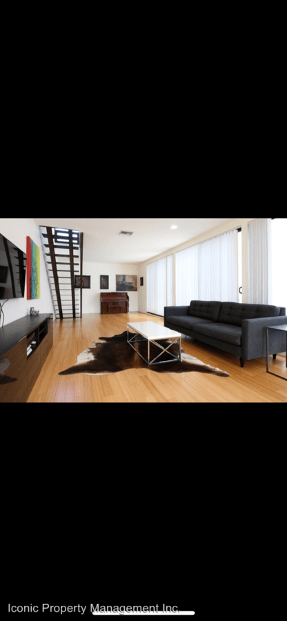3 Bedrooms 2 Bathrooms Apartment for rent at 1945 B Street in San Diego, CA