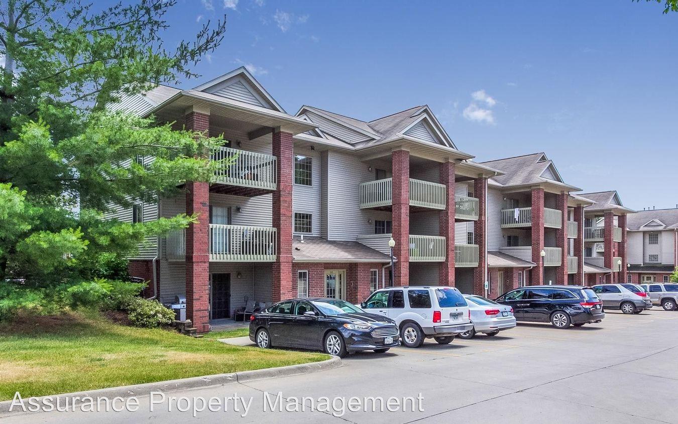 2 Bedrooms 1 Bathroom Apartment for rent at 1039, 1059 & 1079 W. Benton St. in Iowa City, IA